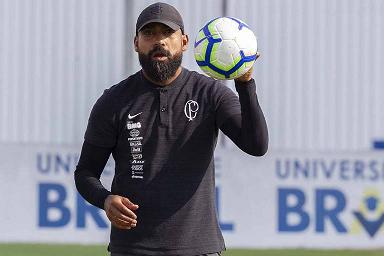 Coelho assume o comando do Corinthians interinamente pela segunda vez